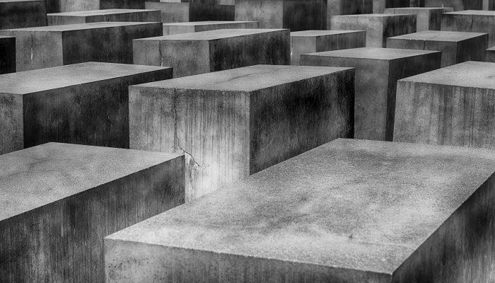 memorial-1621728_1920